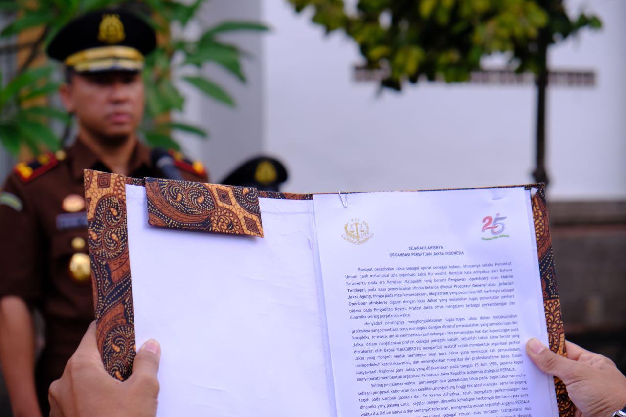 KEJAKSAAN NEGERI GIANYAR MELAKSANAKAN UPACARA  HUT PJI (PERSATUAN JAKSA INDONESIA) KE-25