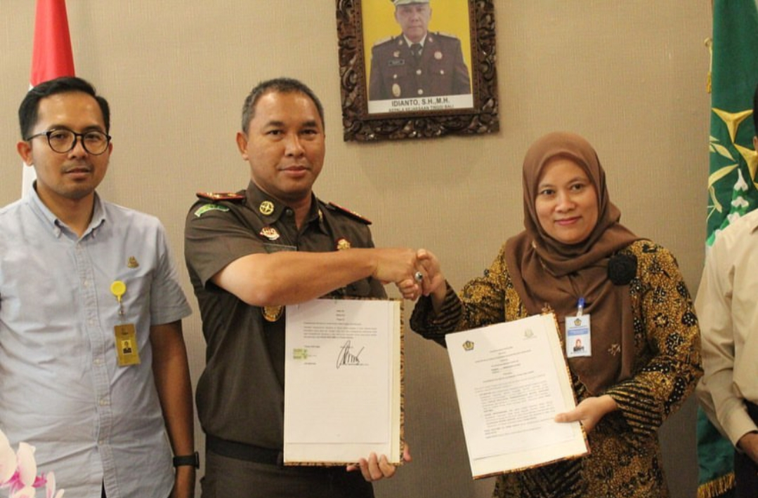Kejaksaan Negeri Gianyar menerima kunjungan dari KPPN (Kantor Pelayanan Perbendaharaan Negara Denpasar) untuk melakukan study tiru dan berbagi pendapat terkait predikat pembangunan (Zona Integritas) Wilayah Bebas Korupsi (WBK)
